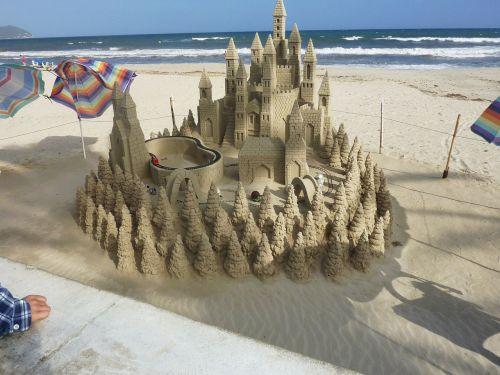 sandburg castle sand formations