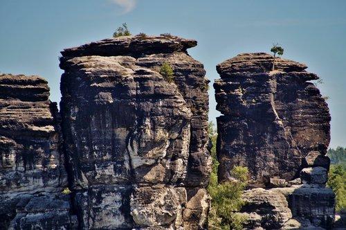 sandstone  rocks  services