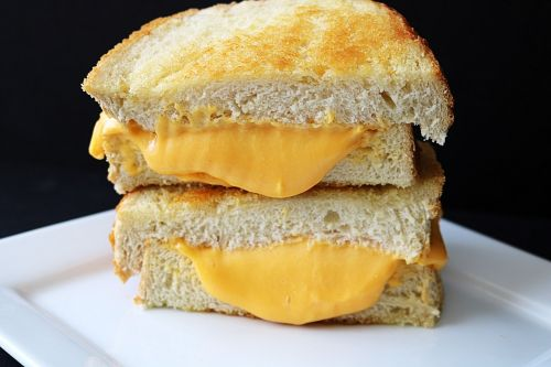 sandwich grilled cheese sour dough