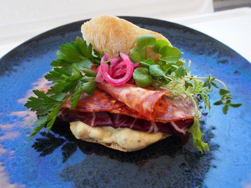 sandwich salami italian