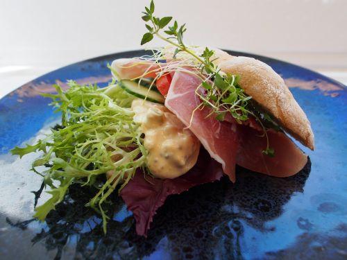 sandwich seranoskinke snackfood