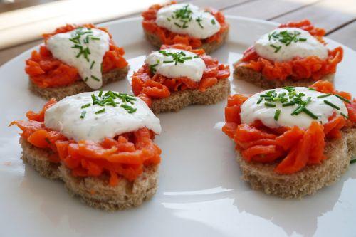 sandwiches roll wild salmon
