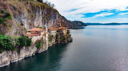 santa caterina del sasso  lago maggiore  hermitage