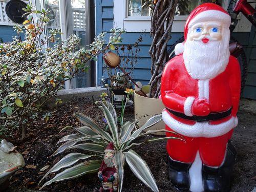Santa In Backyard