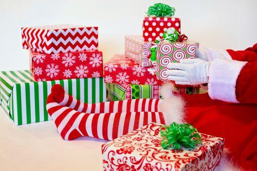 santa's elf presents gifts