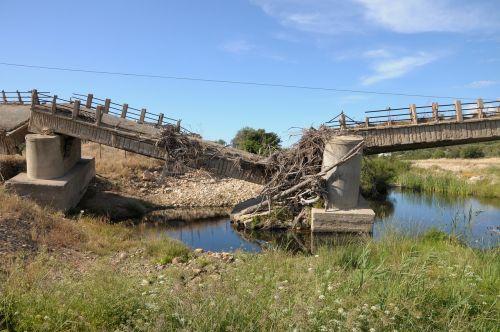 sardinia bridge bach