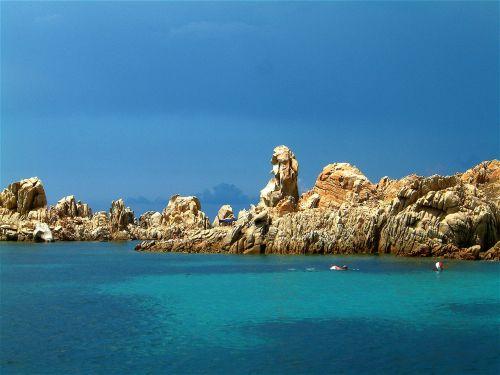 sardinia isola razzoli costa smeralda