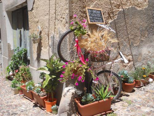 sardinia bicicle street