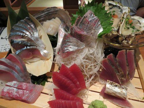 sashimi foods izakaya