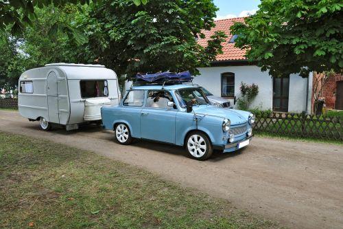 satellite caravan auto