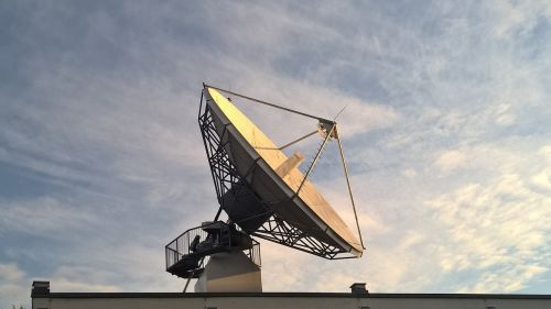 satellite dish to listen radio