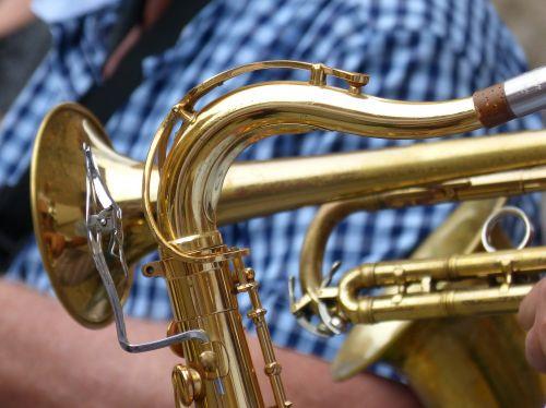 saxophone trumpet sax