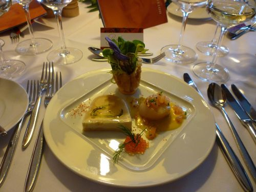 scallop glazed salad