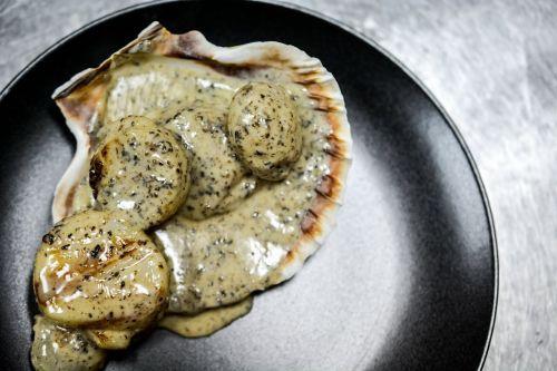 seafood food truffles