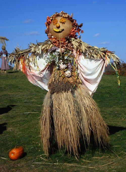 scarecrow autumn fall
