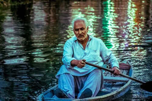 scene water dal lake