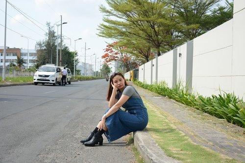 scene  jeans skirt  boots