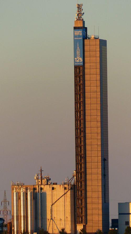 schapfe mill tower grain silo