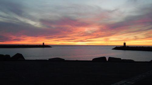 scheveningen port sunset