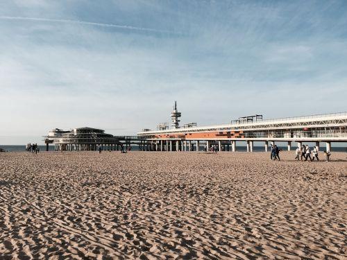 scheveningen pier beach