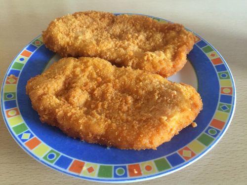 schnitzel pig food