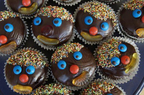 schokomuffins muffins clown
