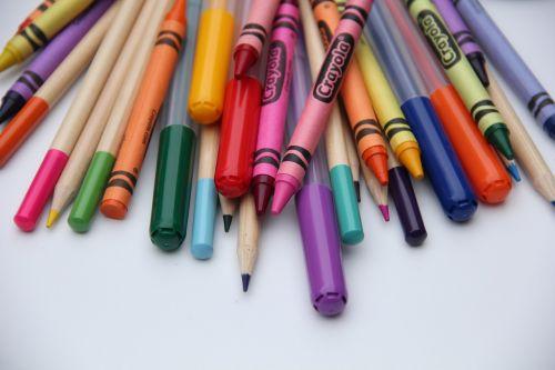 school art supplies crayons