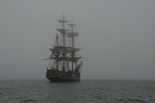 schooner 3-mast ship