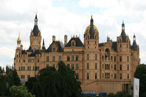 schwerin  castle  state capital