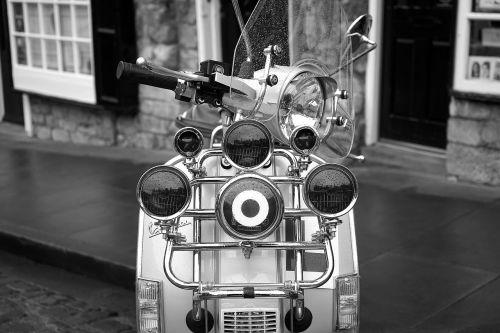 scooter 1960s retro