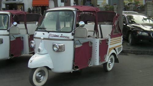 scooter car three wheeler