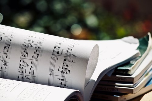 score  music  musical notes