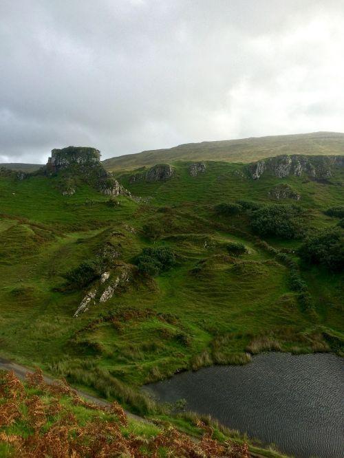 scotland isle of skye faerie glenn