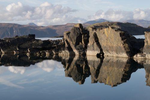 Škotija,vanduo,pierre