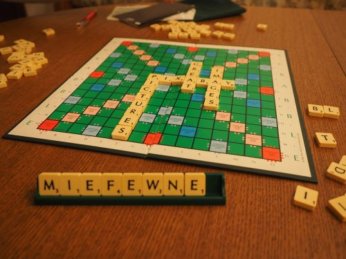 scrabble play board game