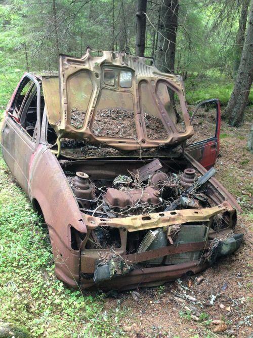 scrap skrotbil forest