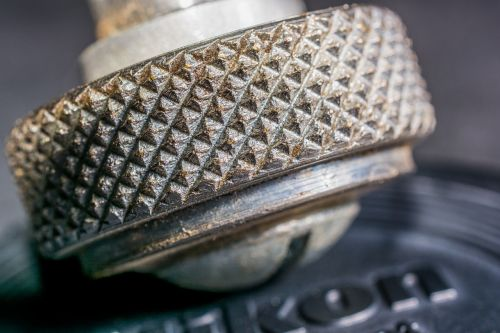 screw knurled screw macro
