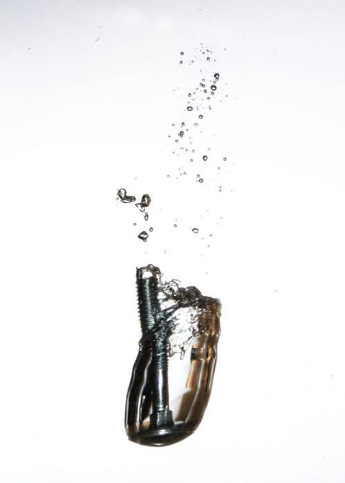 screw water bubble
