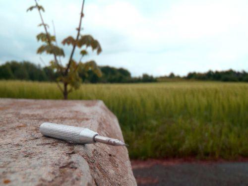 screwdriver field bollard