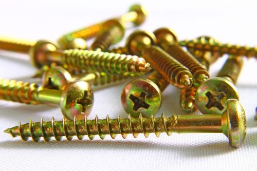screws spirals slit