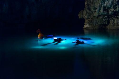 scuba underwater sub