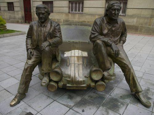 and revert antonio bronze sculpture