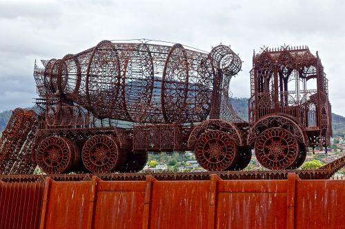 sculpture metal truck
