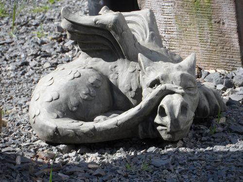 sculpture dragon stone