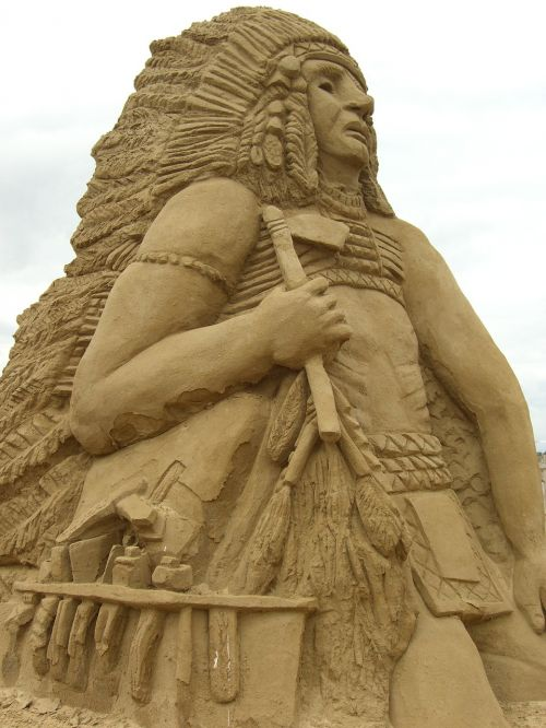 sculpture sand indians