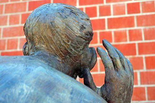 sculpture bronze the listening