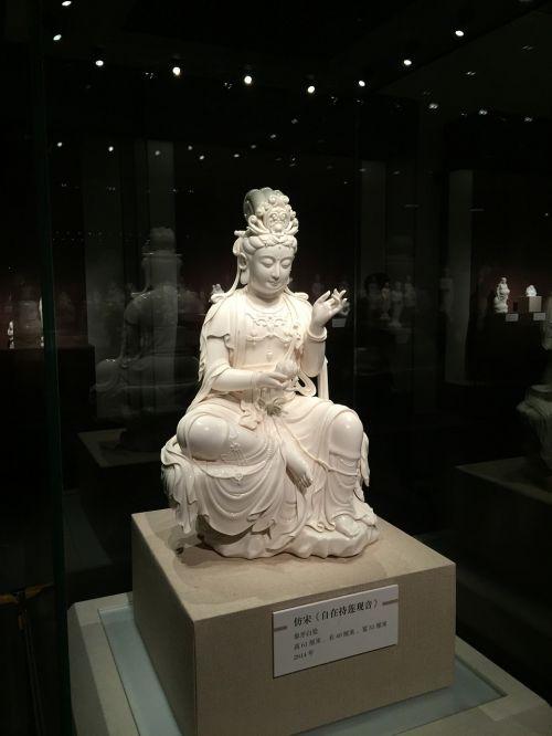 sculpture guanyin antique