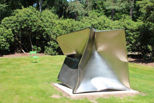 sculpture garden metal