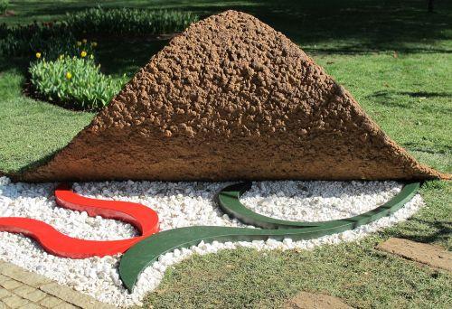 sculpture garden decoration park