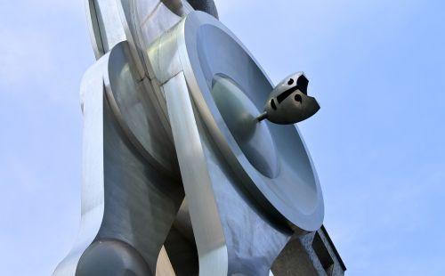 sculpture metal art